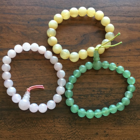 d240b50ac1917 Gemstone bracelets